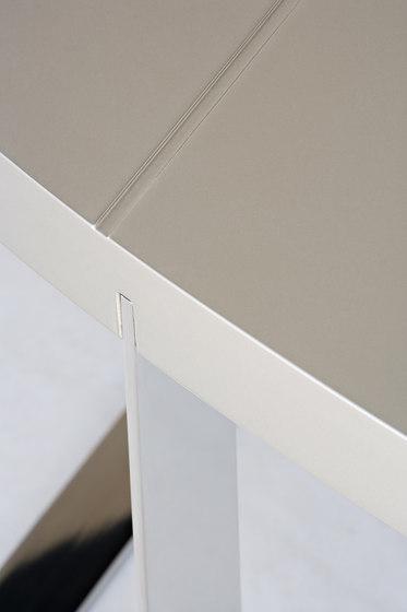 Oval dining table von BALTUS | Esstische