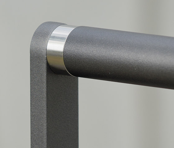 Zenith Barrier by AREA | Railings / Balustrades