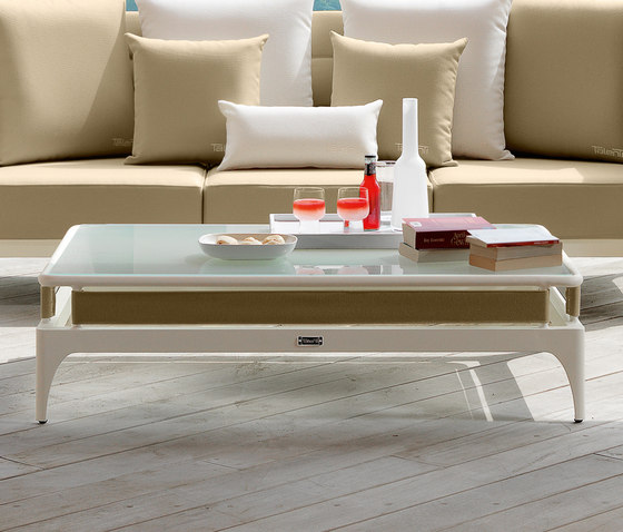 Pad   Coffee table by Talenti   Coffee tables