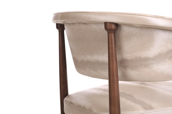 Anthony armchair by PAULO ANTUNES | Chairs