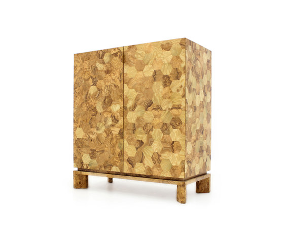 Bee cabinet olivato by PAULO ANTUNES | Cabinets