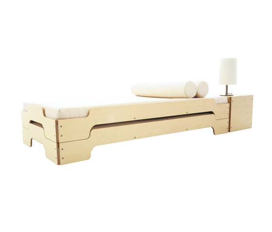 Stacking bed classic beech by Müller Möbelwerkstätten | Beds