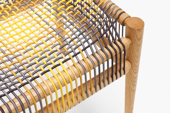 Loom stool by Ptolemy Mann de H Furniture | Taburetes