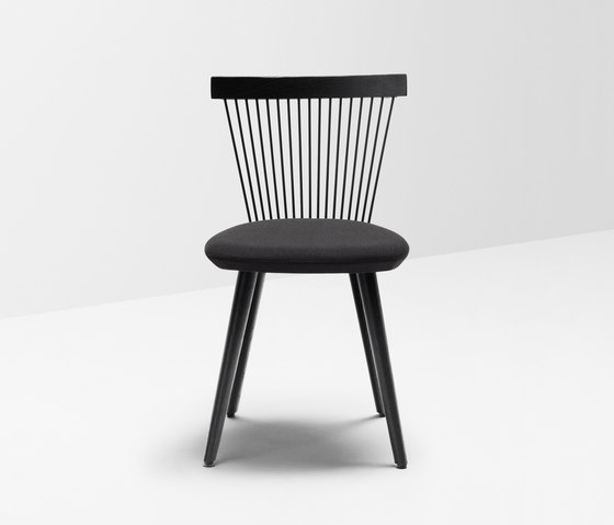 WW chair upholstered de H Furniture | Sillas