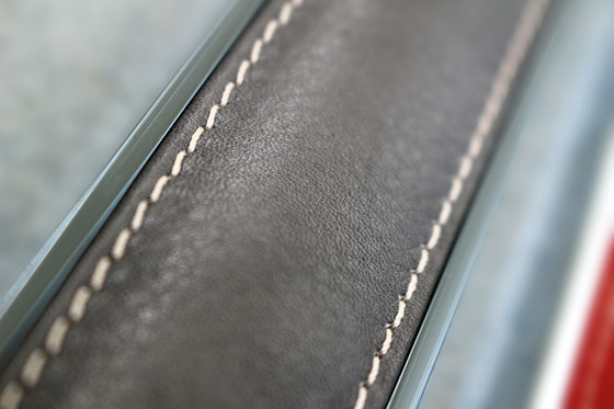 Earth Decors | listelli leather de Casalgrande Padana | Baldosas de cuero
