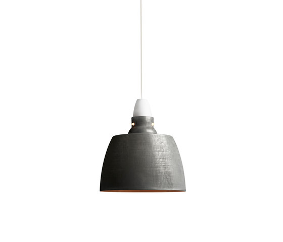 Hang On Honey Pendant Oxidized Aluminium by NEW WORKS | Suspended lights
