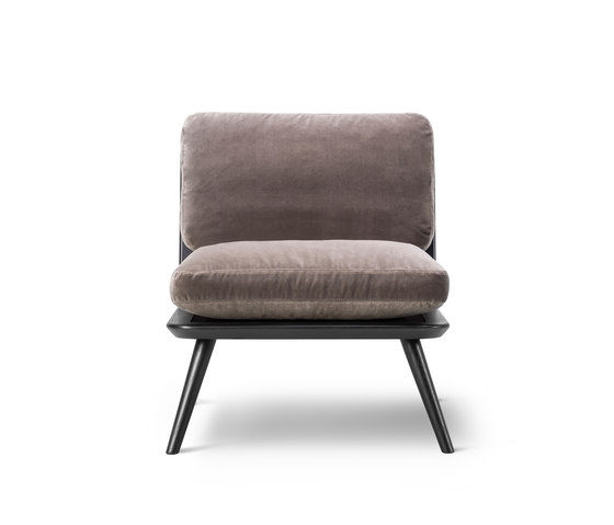 Spine Lounge Petit by Fredericia Furniture | Armchairs