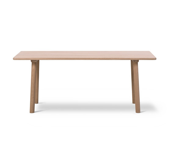 Taro Table by Fredericia Furniture   Dining tables