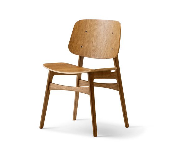 Søborg Wood Base by Fredericia Furniture | Chairs