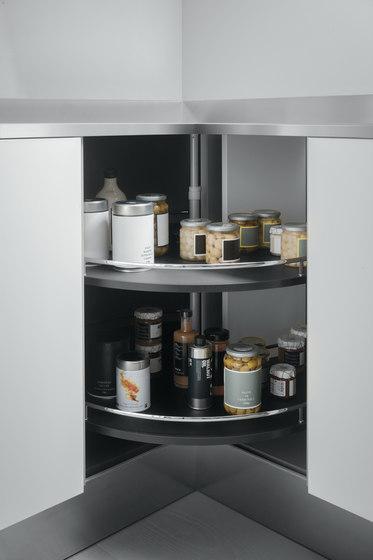 Undersink Unit | Corner base unit 90x90 cm with carousel 360° by Arclinea | Kitchen organization