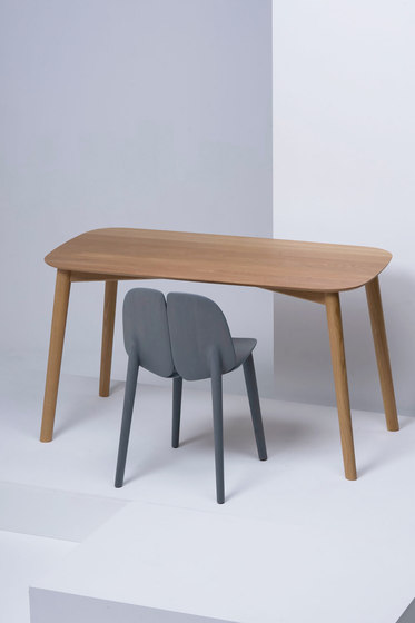 Osso Table | MC3 by Mattiazzi | Desks