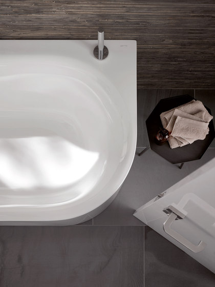 BetteLux Oval Bath IV & V Silhouette by Bette | Bathtubs oval