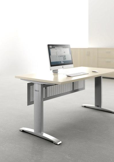 Ergonomic Master by MDD | Individual desks