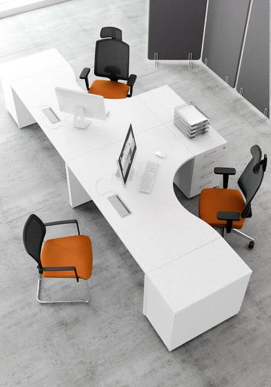 Ogi V by MDD | Desking systems