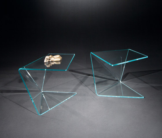 Assito OW k by Dreieck Design | Side tables
