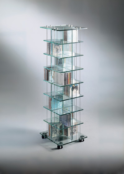 CD 448 by Dreieck Design | Display cabinets