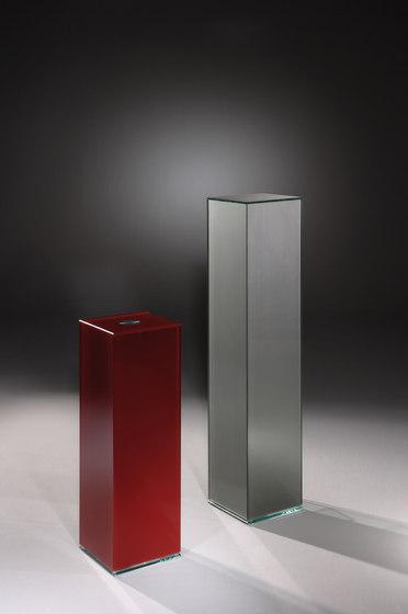 Cube C 100 c + C 180 c by Dreieck Design | Display cabinets