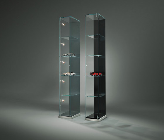 Factum IV by Dreieck Design | Display cabinets
