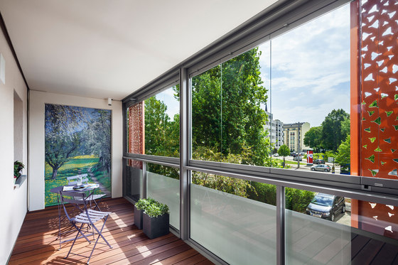 Glass parapet   SL Modular non-insulated by Solarlux   Window types