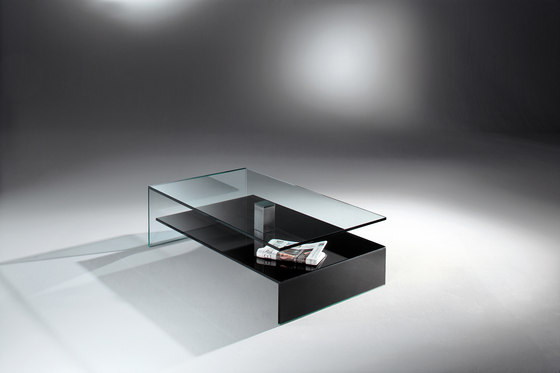 Nuo 27 c by Dreieck Design   Coffee tables