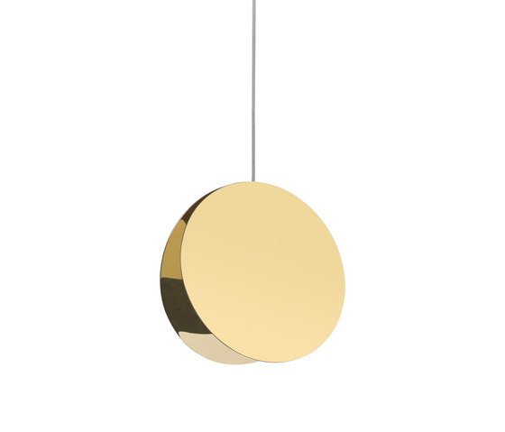 North by e15 | Suspended lights