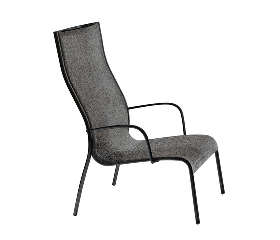 Paso Doble Low Chair by Magis | Garden armchairs