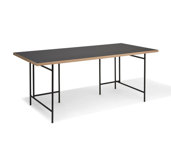 Eiermann 3 by Richard Lampert | Individual desks