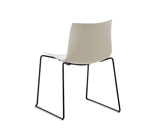 Catifa 46 | New Edition di Arper | Chairs