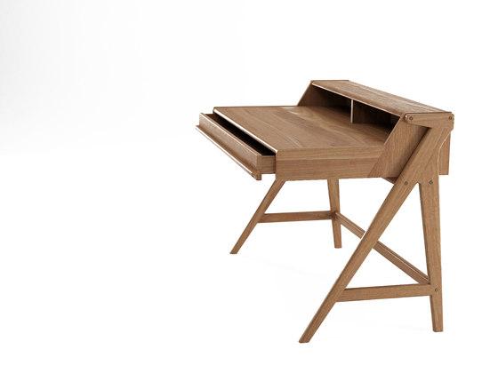 Tribute DESK TABLE with DRAWER & NICHES di Karpenter | Scrivanie