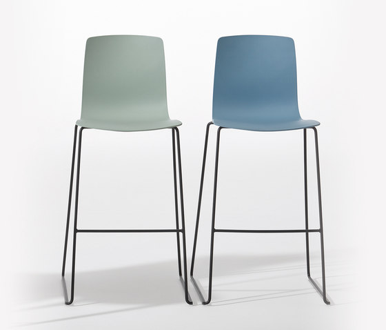 Aava by Arper | Bar stools