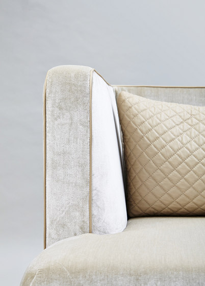 Victoria Armchair by Rossato | Lounge chairs