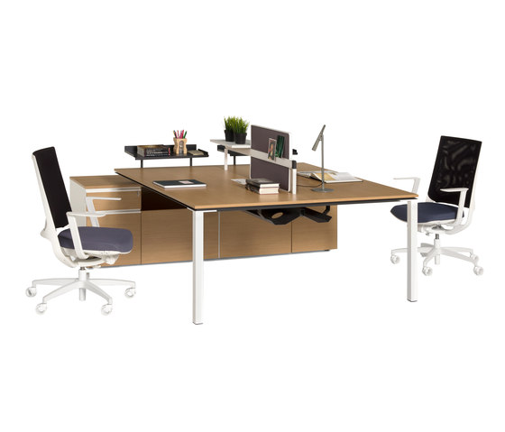 Barbari Operational Desk System de Koleksiyon Furniture | Systèmes de tables de bureau