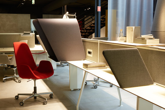 Borges Operational Desk System by Koleksiyon Furniture | Table dividers