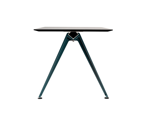 Grip Basic & Meeting de Randers+Radius | Mesas comedor