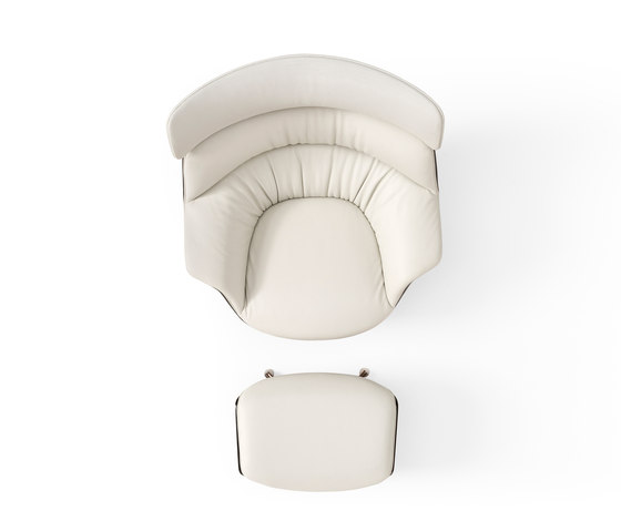 Coach With Headrest by Amura | Armchairs