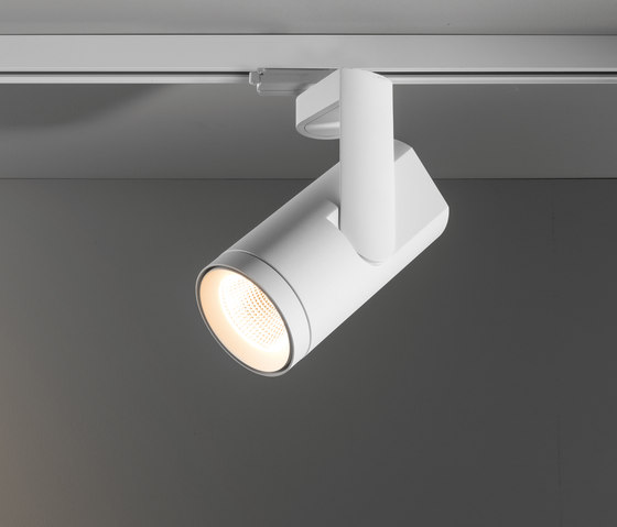 Kanon track 110 LED Tre dim GI von Modular Lighting Instruments   Lichtsysteme