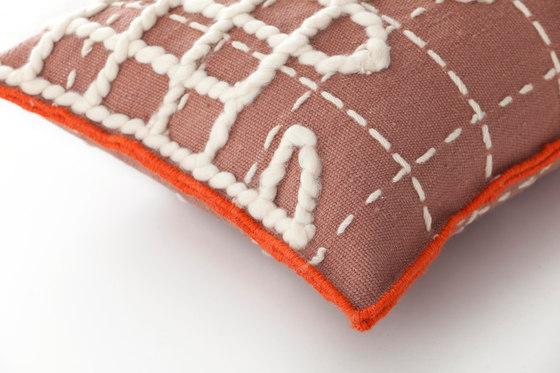 Bandas Cushion A Pink 1 de GAN | Cojines