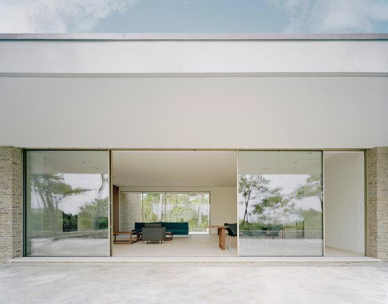 Sky-Frame 1 sliding window by Sky-Frame | Internal doors