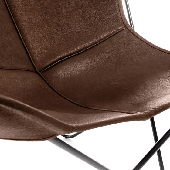Hardoy | Butterfly Chair | Organic Buffalo Leather de Manufakturplus | Fauteuils