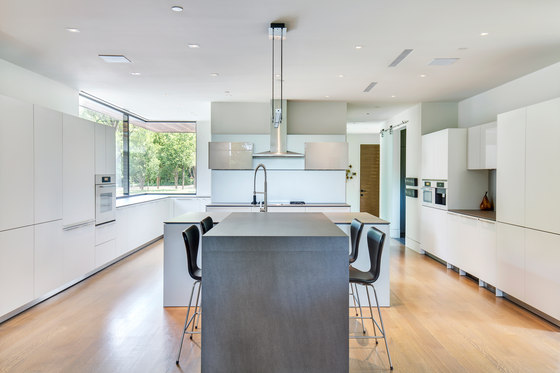 Kitchen | Fusion Basalt Grey & Cement de Neolith | Planchas