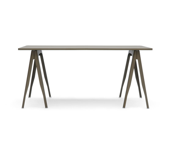Y trestle & plate by Tolix | Dining tables