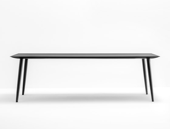 Babila TBA by PEDRALI | Dining tables