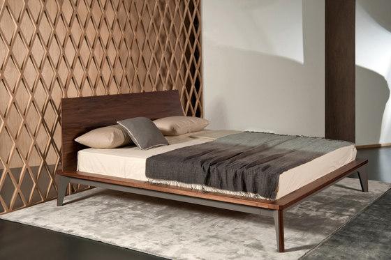 Vintme 051 by al2   Beds