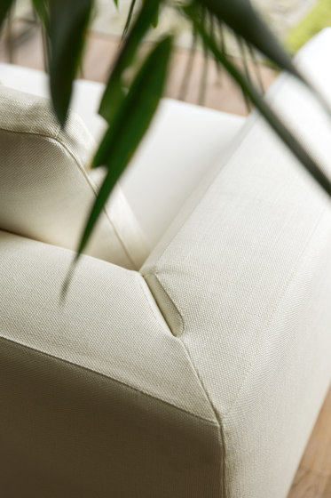 Floyd by Alberta Pacific Furniture | Sofas