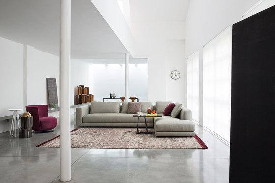 Floyd de Alberta Pacific Furniture | Canapés