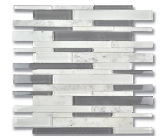 Stagger | Fusion Stagger Carrara Mosaic di AKDO | Mosaici vetro