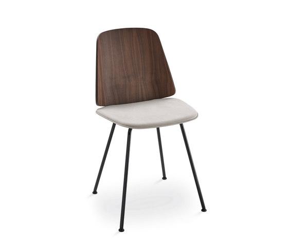 June I 2055 by Zanotta | Chairs