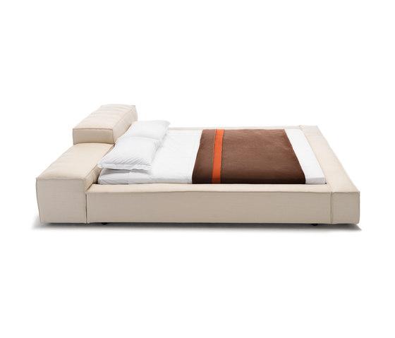 Extrasoft Bed de Living Divani | Lits doubles