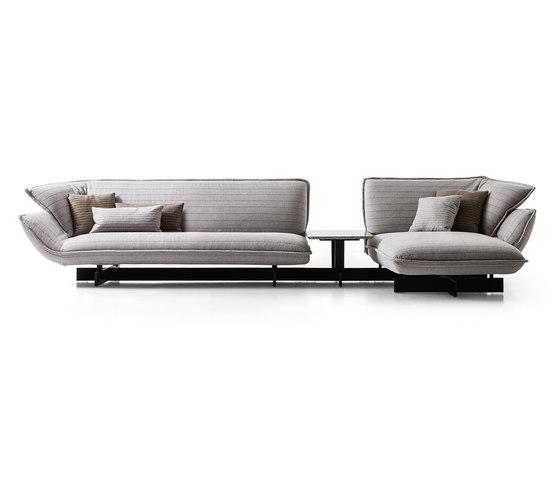 550 Beam Sofa System de Cassina | Canapés d'attente