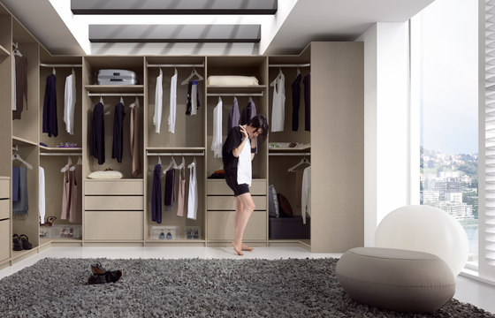 Ecco Walk-In-Closet by Sistema Midi | Walk-in wardrobes